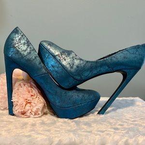 Wild Rose 🌹 💙 Blue platform Stilettos